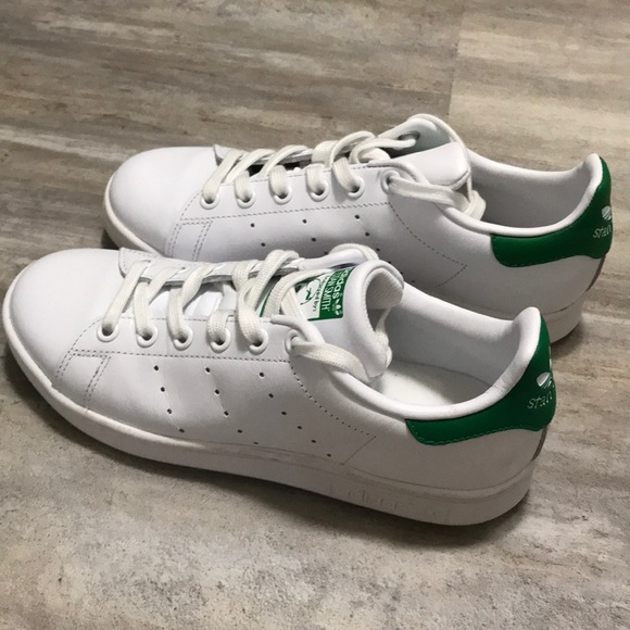 reputable site 0aa81 d95cc Adidas Stan Smith shoes size 5.5 US